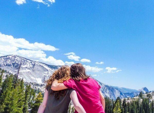 Yosemite long distance friends roadtrip girls