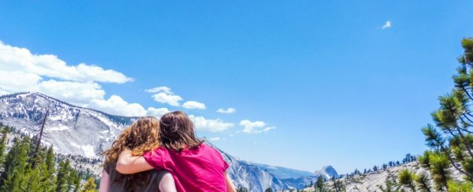 Yosemite long distance friends roadtrip girls