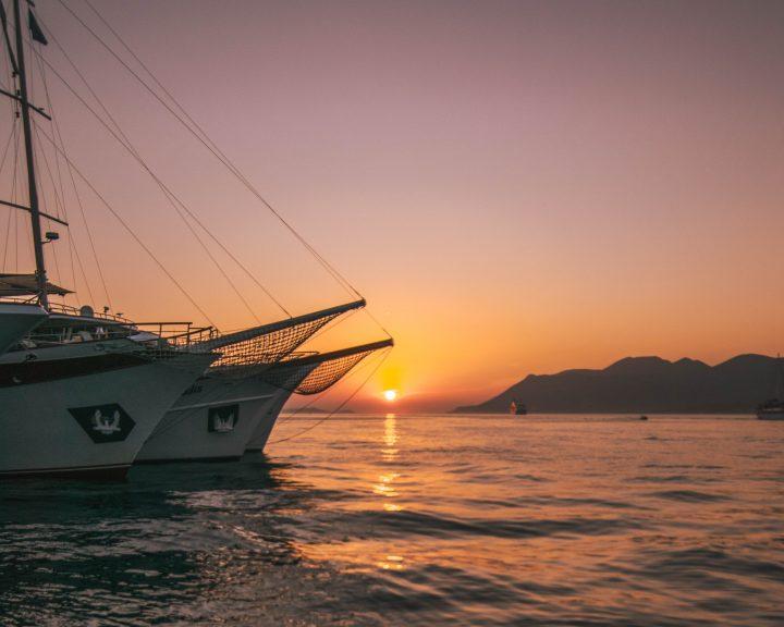 Korcula sunset with sailboats Yachtlife Croatia day 3