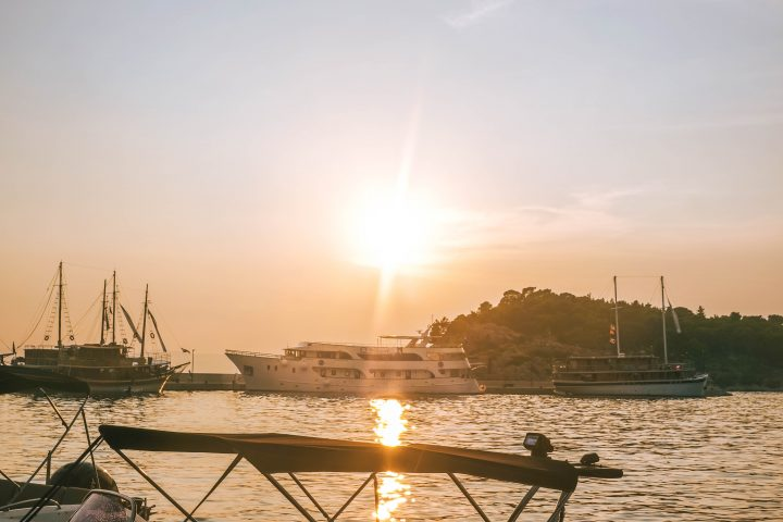 Yachtlife Croatia compared to other Croatia sailing Tours
